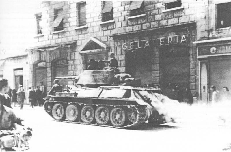 t-34-76_m43_02.jpg